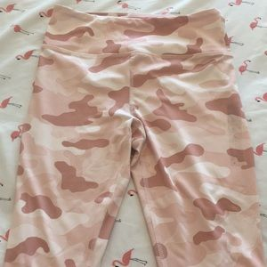 COPY - pink camo leggings
